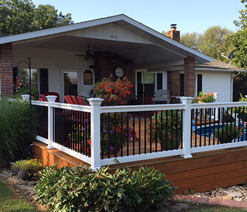 "36"" Premium Durables Vinyl Porch and Deck Railing Kit with ..."